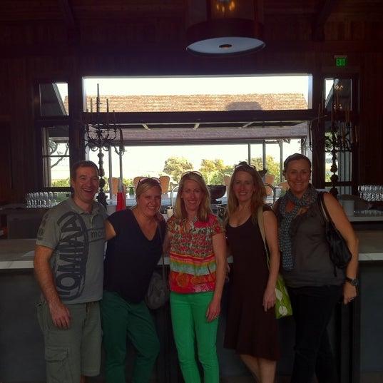 รูปภาพถ่ายที่ Ram's Gate Winery โดย Liz W. เมื่อ 9/17/2012