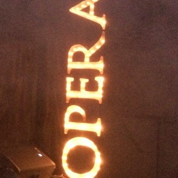 รูปภาพถ่ายที่ Opera Teatro Bar โดย Victor F. เมื่อ 11/14/2013