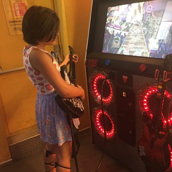 7/30/2017 tarihinde Sema U.ziyaretçi tarafından Fantasyland Oyun Merkezi & Coffee'de çekilen fotoğraf