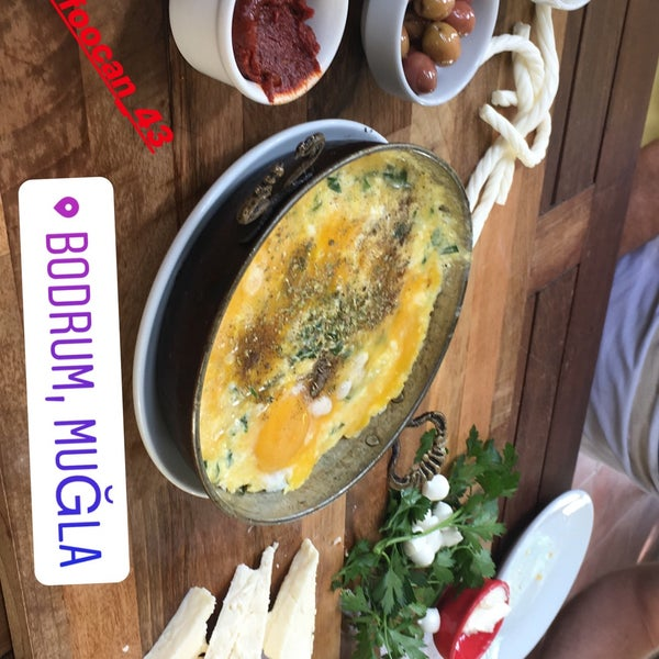 9/30/2018にUmut D.がLimoon Café & Restaurantで撮った写真