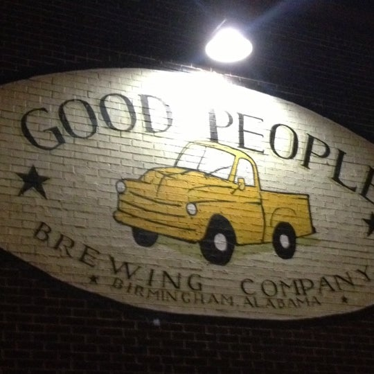 Foto diambil di Good People Brewing Company oleh Ralph M. pada 11/25/2012