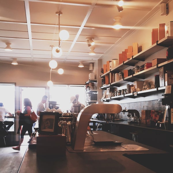 great cold brew, cute space.
