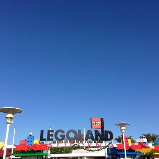 Foto tirada no(a) Legoland California por t em 11/23/2012