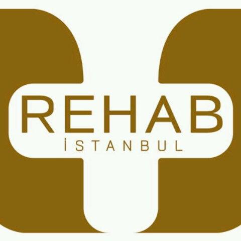 Photo prise au Rehab İstanbul par Lerna N. le5/29/2013