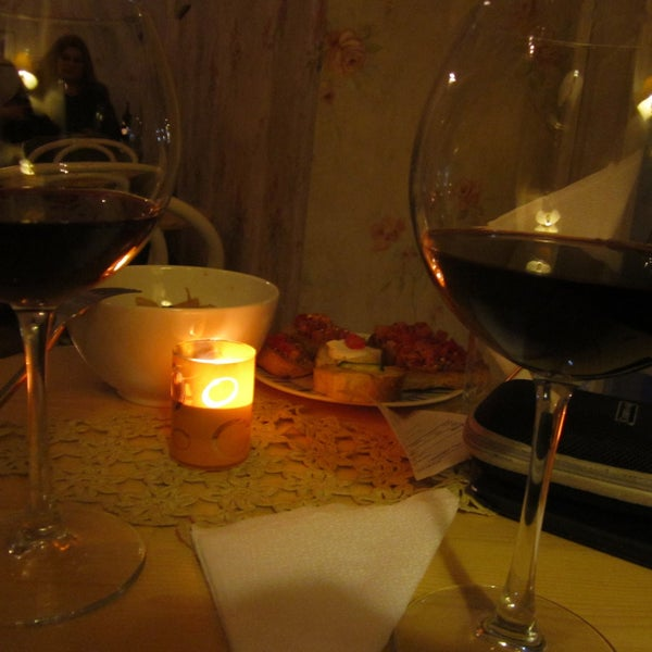 sharing wine with a special person in a lovely place...magic...