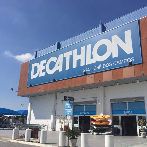 9d4430fe9 Photo taken at Decathlon by Marcos M H. on 7 28 2017