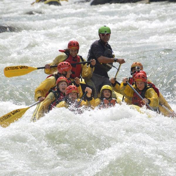 Vivi la tua avventura con noi! Extreme Rafting!!!!! Secchiate d'acqua garantite...