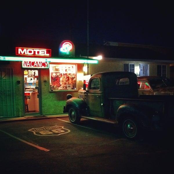 Photo prise au Route 66 Motel par Yaroslav D. le8/21/2014