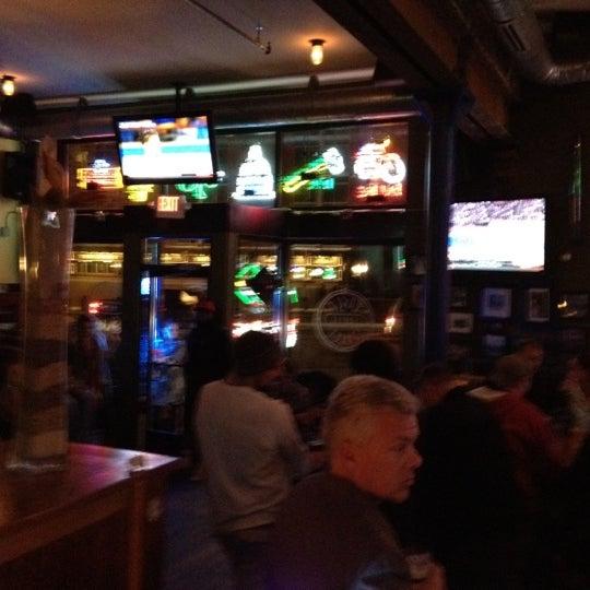 Das Foto wurde bei Eagle Street Grille von John E. am 11/8/2012 aufgenommen