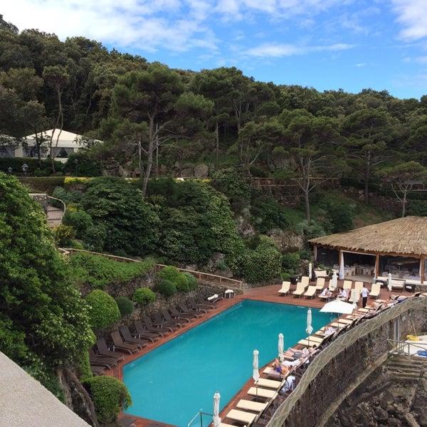 Foto diambil di Mezzatorre Resort & Spa oleh Julia P. pada 5/4/2014
