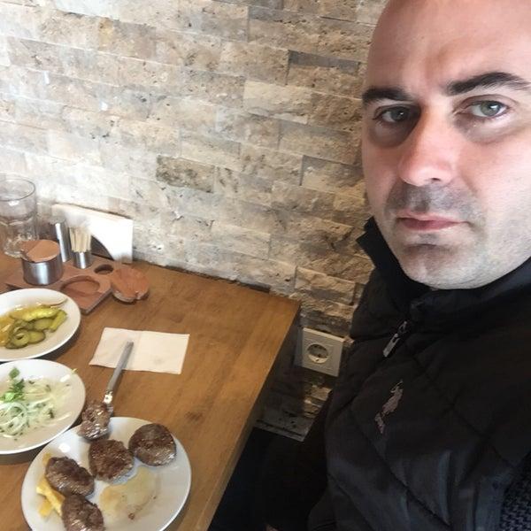 4/11/2019 tarihinde Cemziyaretçi tarafından Bonfilet Steak House & Kasap'de çekilen fotoğraf