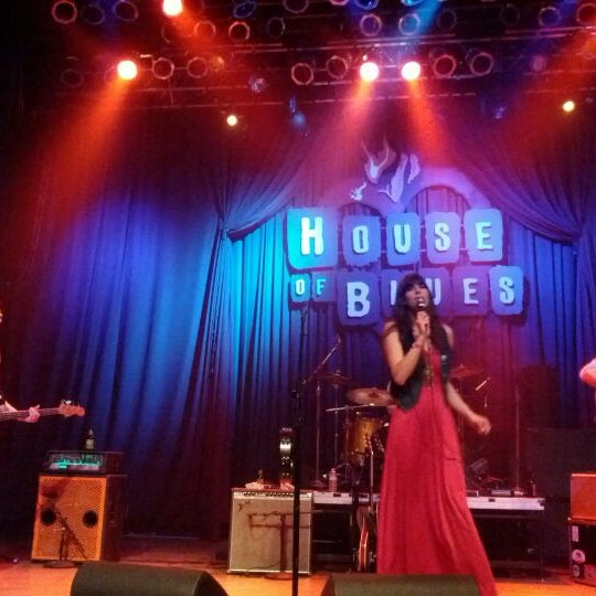 Foto tirada no(a) House of Blues San Diego por wonderpiece em 3/25/2012