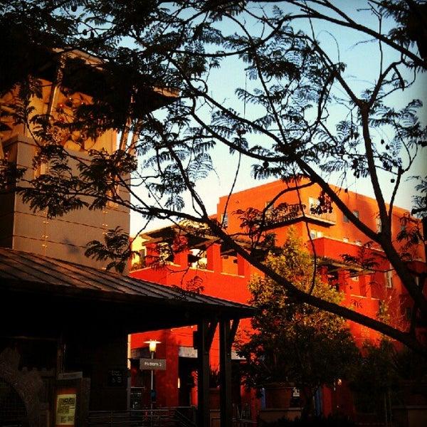 6/13/2012 tarihinde Jenn P.ziyaretçi tarafından The Luggage Room Pizzeria'de çekilen fotoğraf