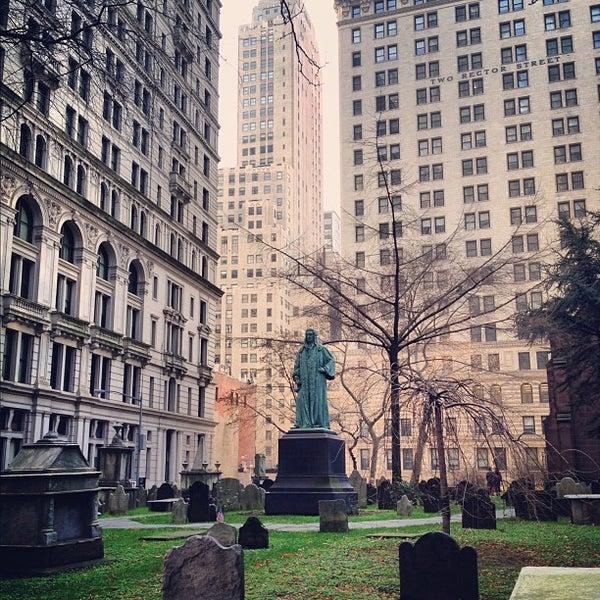 Photo prise au Trinity Church par Seth W. le12/2/2012