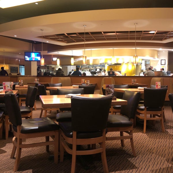 Pleasant Photos At California Pizza Kitchen Pizza Place In San Home Interior And Landscaping Synyenasavecom