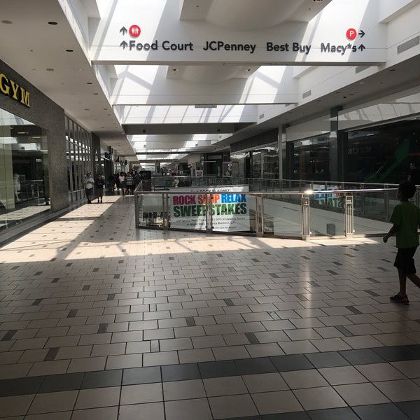 Photos At Plaza West Covina Shopping Mall In West Covina Central