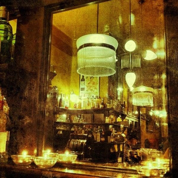 Photo prise au Café de Ruiz par Antonio F. le10/19/2012