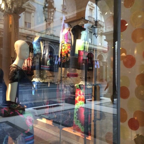 huge discount ce354 11d51 Desigual Via Roma - Centro - 13 visitors