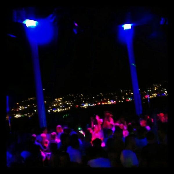 7/6/2012 tarihinde Kaan K.ziyaretçi tarafından Club Catamaran'de çekilen fotoğraf