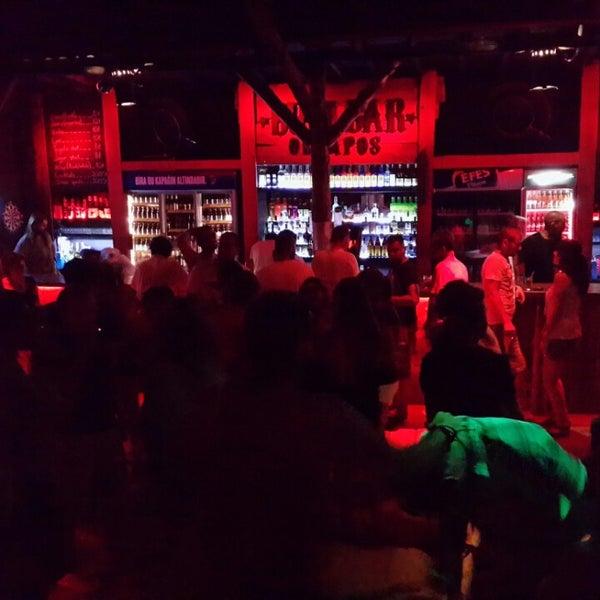 Foto scattata a Bull Bar da Bora A. il 8/14/2013