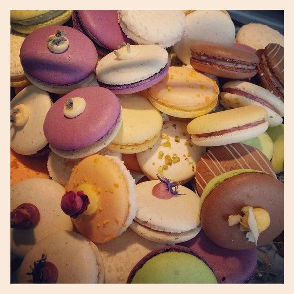Foto tirada no(a) Chateau Dessert por Anette M. em 3/20/2014