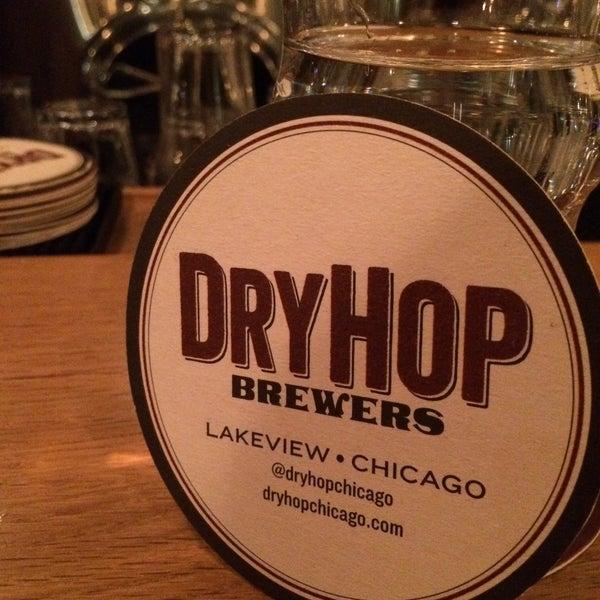 12/28/2014에 Jason W.님이 DryHop Brewers에서 찍은 사진
