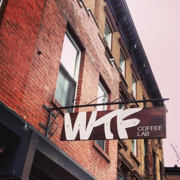 Photo prise au WTF Coffee Lab par Aleks I. le1/13/2013