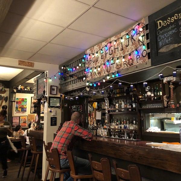 8/30/2018 tarihinde Mike K.ziyaretçi tarafından Storm Crow Tavern'de çekilen fotoğraf