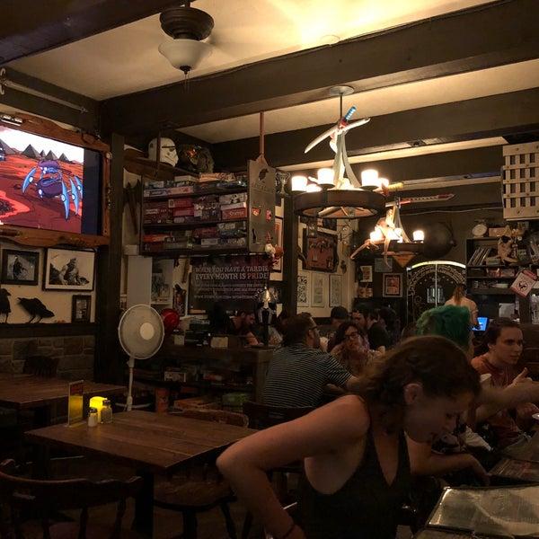 8/9/2018 tarihinde Mike K.ziyaretçi tarafından Storm Crow Tavern'de çekilen fotoğraf