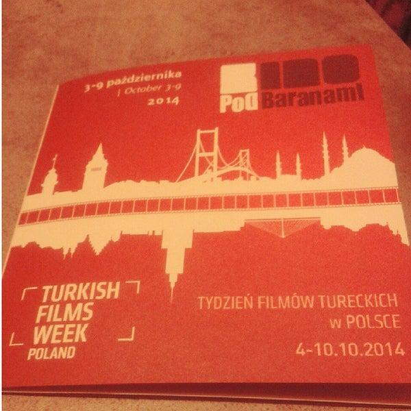 Foto tomada en Kino Pod Baranami por Gosia K. el 10/4/2014