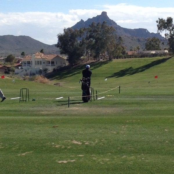 Das Foto wurde bei Desert Canyon Golf Club von Justin K. am 2/1/2014 aufgenommen