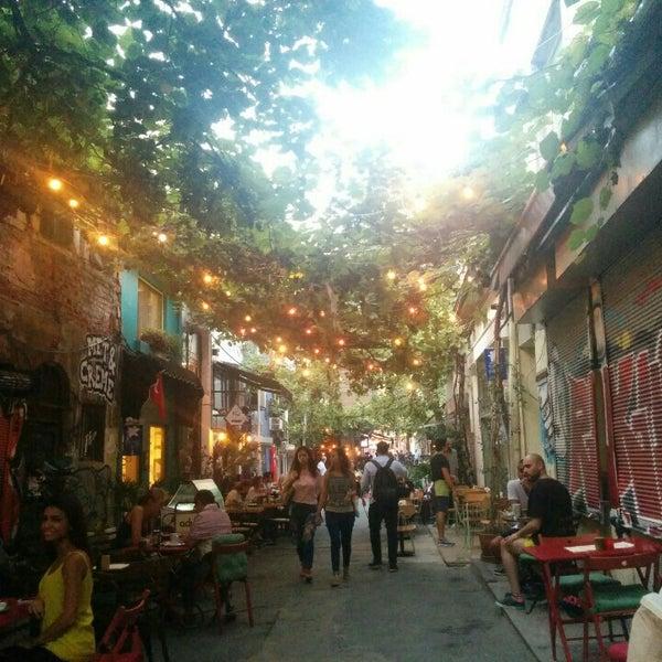 Foto tomada en Pim Karaköy por Fatma el 9/10/2015