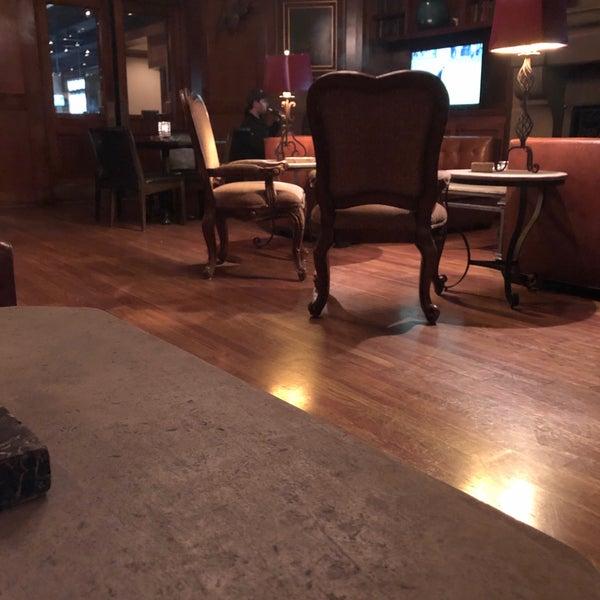 2/7/2019にTerrence S.がCool River Cafeで撮った写真