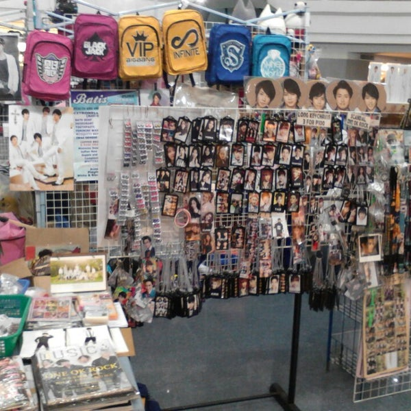 Fanshoppe (Jpop Jrock Kpop Shop) - Gift Shop in Muntinlupa
