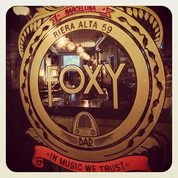Foto tomada en Foxy Bar por FoxyBar B. el 6/23/2013