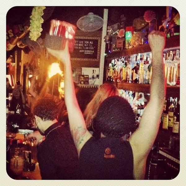 Foto tomada en Foxy Bar por FoxyBar B. el 3/16/2013