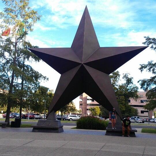 11/3/2013 tarihinde Angela D.ziyaretçi tarafından Bullock Texas State History Museum'de çekilen fotoğraf