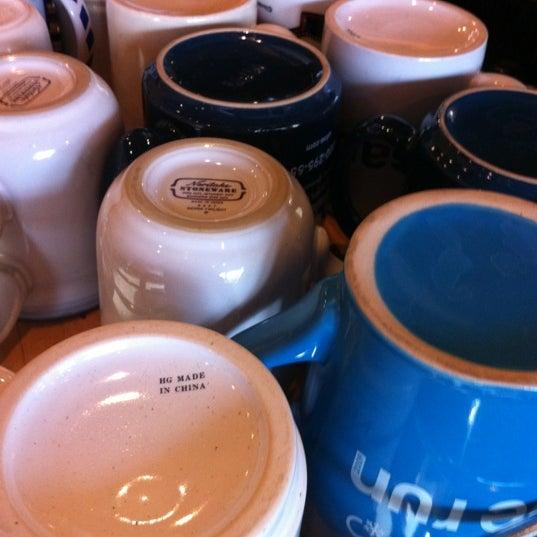 4/21/2012에 Mark D.님이 Peace Coffee Shop에서 찍은 사진