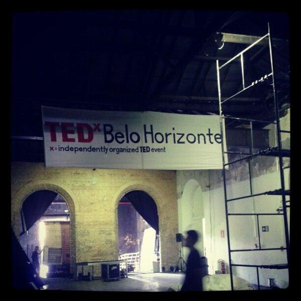 Das Foto wurde bei CentoeQuatro von Caio A. am 5/11/2012 aufgenommen