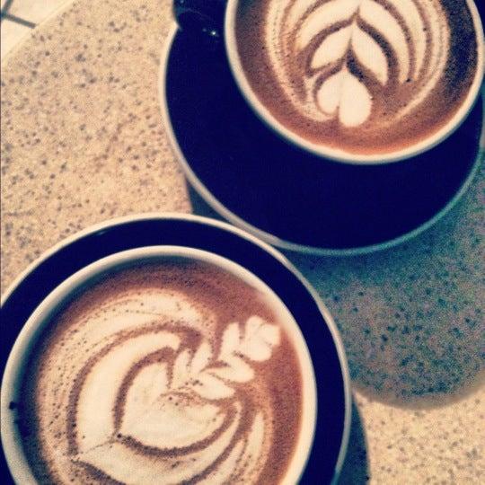 Foto scattata a Café Avellaneda da Chel V. il 8/11/2012