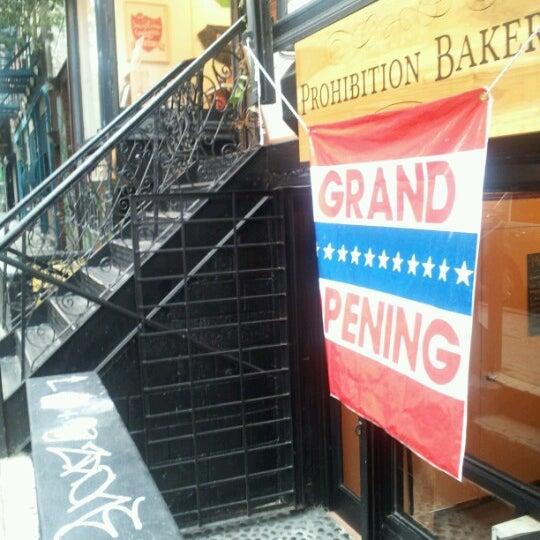 รูปภาพถ่ายที่ Prohibition Bakery โดย Sharon C. เมื่อ 8/25/2012