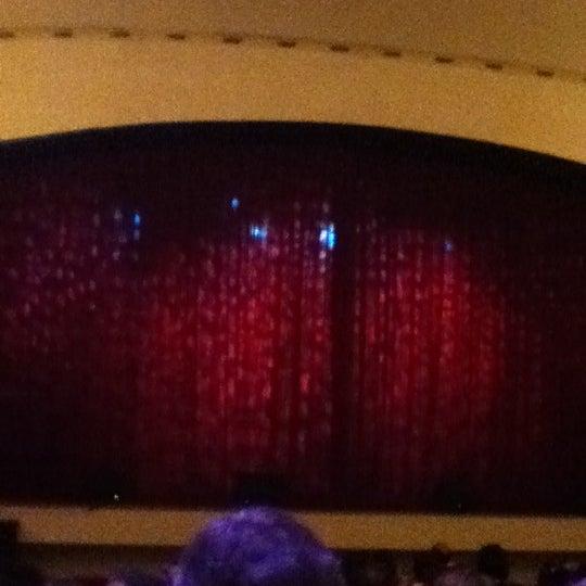 Foto diambil di Teatro Nescafé de las Artes oleh Matias P. pada 4/20/2012