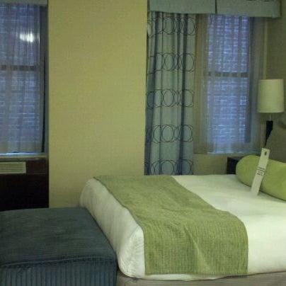 Снимок сделан в Hotel MELA пользователем De'Anna K. 2/25/2012