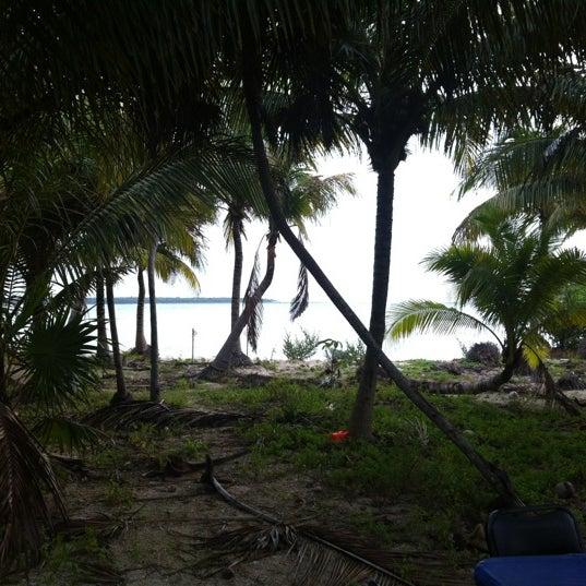Foto tomada en Cenotes LabnaHa por Christian T. el 6/21/2012