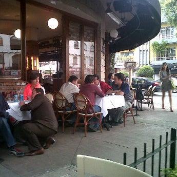 Foto diambil di AgoraLucis-bistrot oleh Juan O. pada 4/4/2012