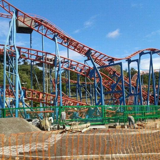 รูปภาพถ่ายที่ Alpen Park โดย Nanda M. เมื่อ 4/30/2012
