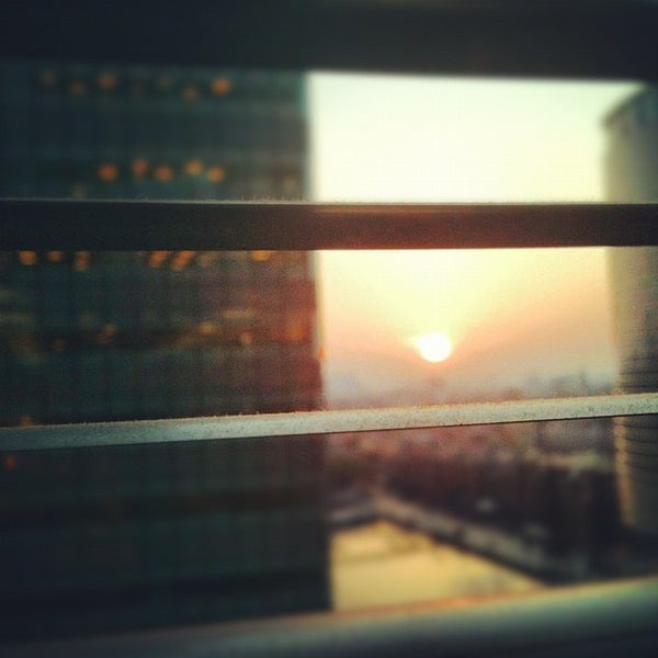 Foto scattata a Canary Wharf da Jimmeh P. il 5/22/2012