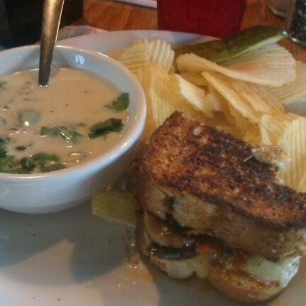Foto tirada no(a) Hammontree's Grilled Cheese por Joseph T. em 7/13/2012