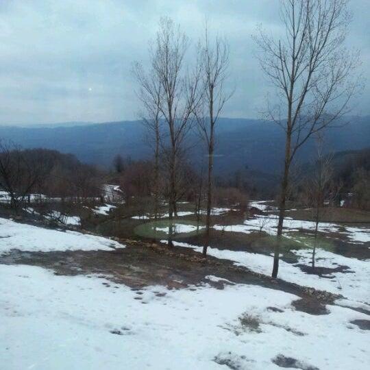 รูปภาพถ่ายที่ Cafer Usta Bolu Dağı Et Mangal โดย Sercan K. เมื่อ 3/31/2012
