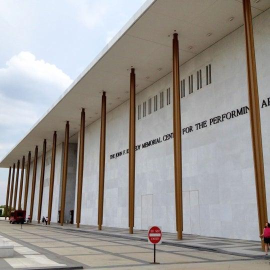8/4/2012 tarihinde Onno F.ziyaretçi tarafından The John F. Kennedy Center for the Performing Arts'de çekilen fotoğraf